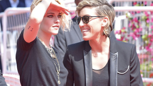 Kristen Stewart fülig szerelmes a barátnőjébe, és erről végre beszél is
