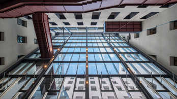Elég menőn néz ki a CEU új épülete