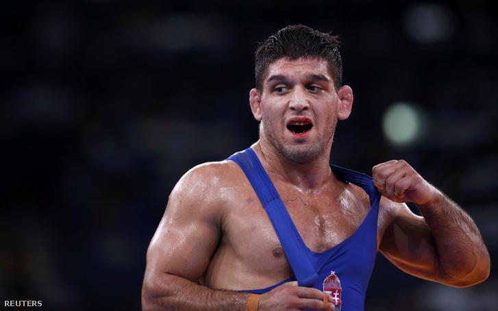 Hatos Gábor, miután elvesztette a bronzmeccset az üzbég Tigievvel szemben