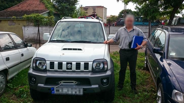 István egy nap híján hét hónappal a lefoglalás után vehette át feleslegesen lefoglalt autóját a rendőrség telepén