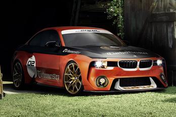 Versenyautóként tér vissza a BMW 2002 tanulmány