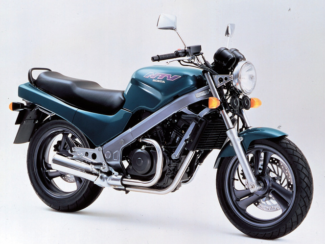 Honda NTV650 Revere