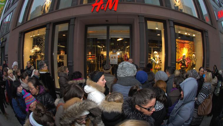 Kedvezményt kapnak a H&M átvert vásárlói