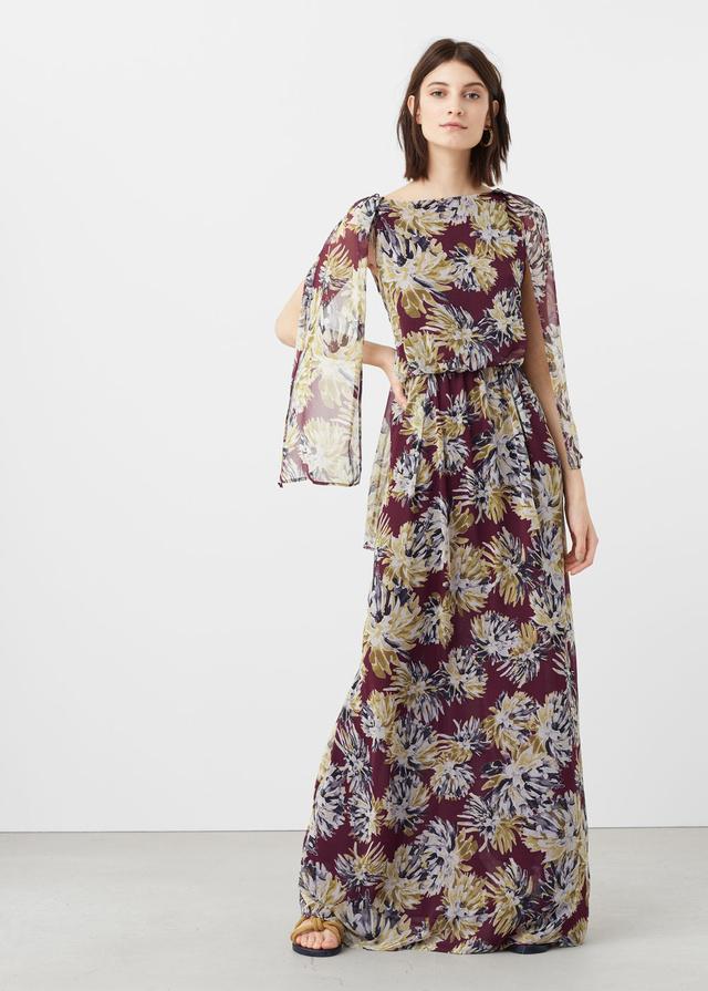 A Mangónál 27.995 forintot kérnek egy virágmintás maxiruháért.