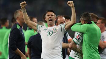 Visszavonul az ír futball legnagyobb hőse