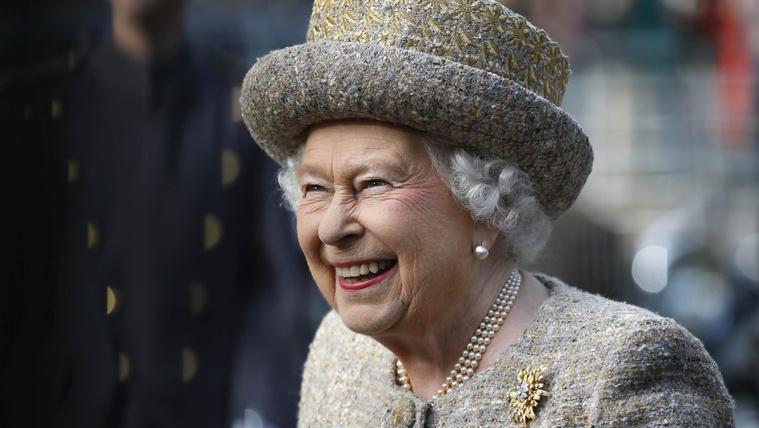 II. Erzsébetet majdnem lelőtte a Buckingham-palota egyik őre