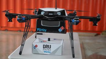 Drónnal szállítanak ki pizzát