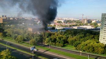 Legalább 17-en meghaltak egy moszkvai raktártűzben