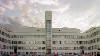 Tűz ütött ki a legendás prágai filmstúdióban
