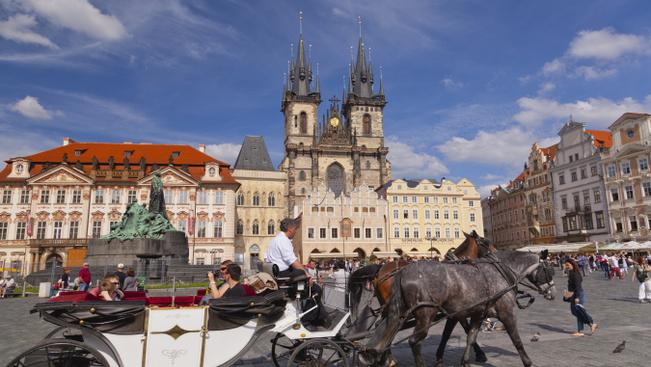 Budapest-Prága járatot indít a Ryanair