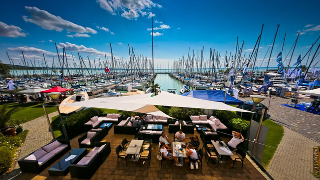 Hétvégén nyílik hazánk legnagyobb hajókiállítása a Balatonon