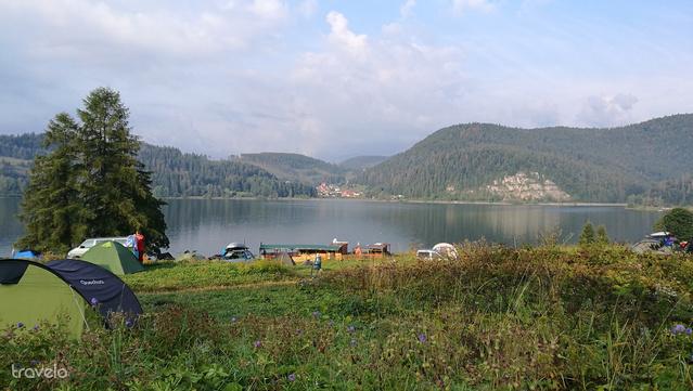 Kemping a Dedynki-tónál