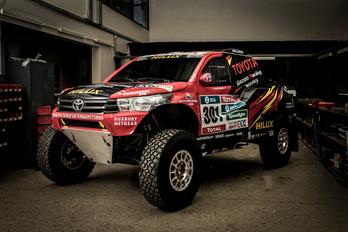 Elkészült a Toyota következő Dakar-gépe
