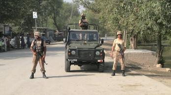 Robbantottak egy pakisztáni bíróságnál, legalább 12 halott
