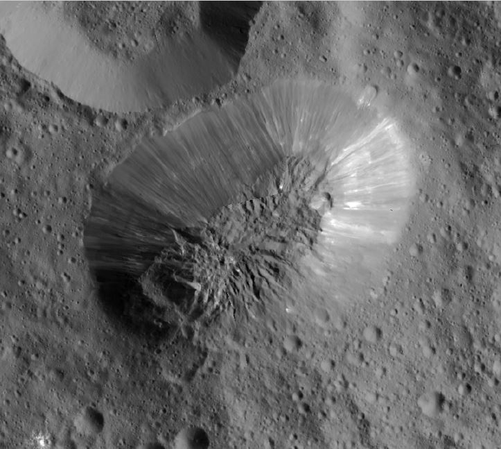ceres-ahuna-mons (1)