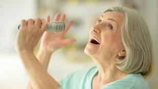 A közös éneklés segít kapcsolódni az öregekhez, még akkor is, ha már nem is emlékeznek ránk
