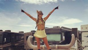 Így csapatta Paris Hilton a Burning Manen
