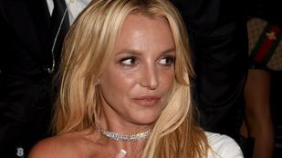 Britney Spears mindegyik újságot beperli, amelyik hazugságot ír róla