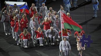 Kidobták az oroszokat, de a zászlajuk mégis ott volt a paralimpián