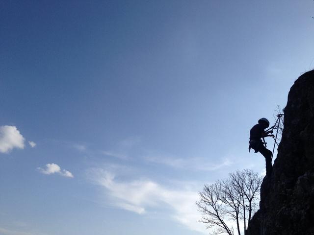A közös kaland erősíti a kapcsolatot: legyen az egy bátorságpróba a canopy-pályán, vagy éppen életünk első via ferrata túrája