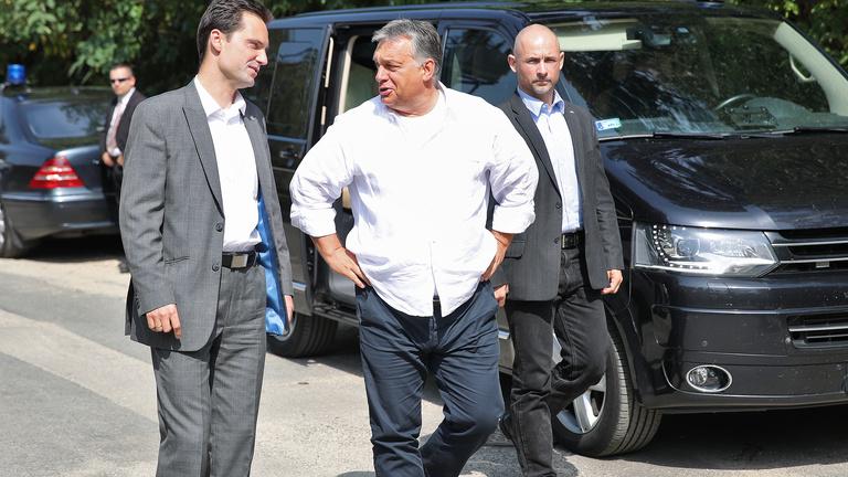 Orbánt nem érdekli, hogy Mészáros Lőrincet milliárdos jachton látták