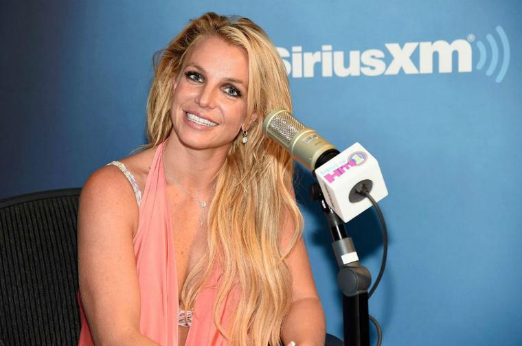Britney Spears szemét is volt pár éve megfigyelni. Vajon sikerült?