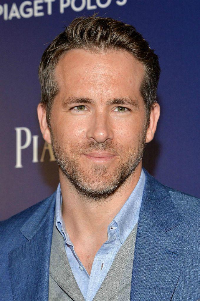 Ryan Reynoldsnak zöld szemei vannak?