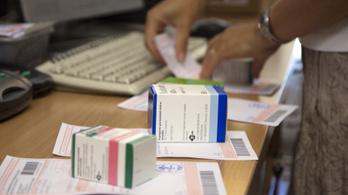 Bezártak egy patikát, ami százmilliós tételben exportált vényköteles gyógyszereket