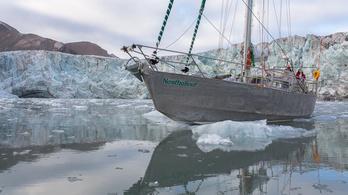 Globális felmelegedés: először hajózták körbe az Északi-sarkot nyáron