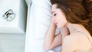 Ennyi alvással harcolhat a depresszió ellen