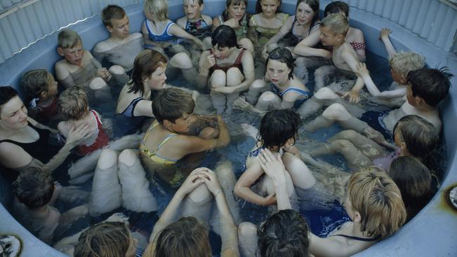 Tippek Izlandra indulóknak – egyenesen a termálvizes medencéből