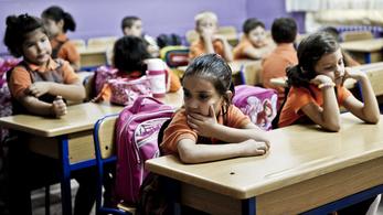 Dekoncentrált az iskolarendszer az új államosításban