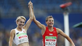A futó Biacsi Ilona ezüstérmes 1500 méteren a paralimpián