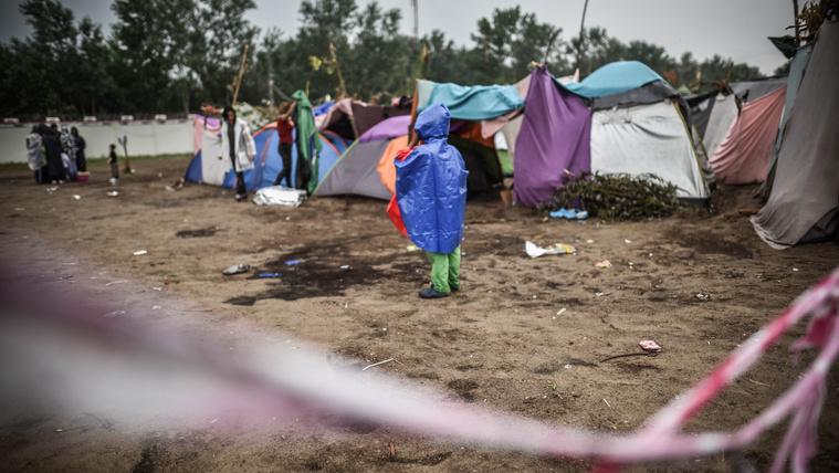 Menekültekre lőttek Horgoson