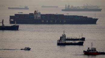 Kipakolhatnak végre a becsődölt koreai szállítmányozó hajói