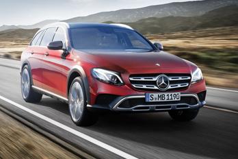 Itt a Mercedes nagy terep-kombija