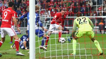 Ribéry hülyét csinált a Hertha-védőkből