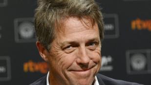 Hugh Grant-et beindítja, amikor szexjelenetet forgat