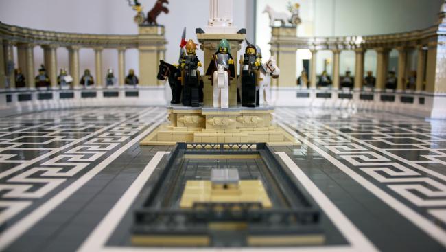 20 000 legóból építette meg a Lánchidat és a Hősök terét