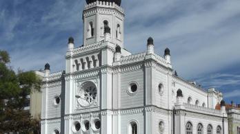 Zsinagógát venne a Matolcsy-féle egyetem