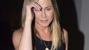 Jennifer Aniston először lépett utcára exe válásának bejelentése óta