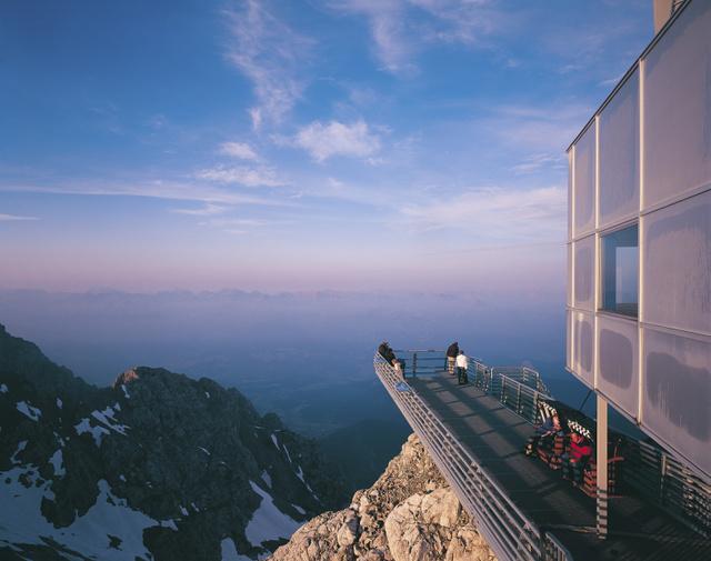 Kilátás a Dachstein-gleccserről (Schladmingból könnyedén eljuthatunk ide is)
