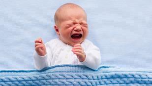 Az ön csecsemője is megőrül esténként?
