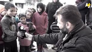 Aki kéthavonta 80 kiló játékot csempész Szíriába