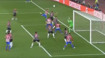 Ha Torresen múlik, nem kap ki a Bayern