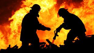 Anya vagyok, és 17 évig oltottam tüzeket