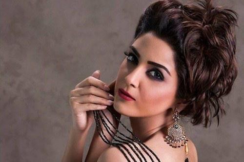 Maya Ali, pakisztáni színésznő.