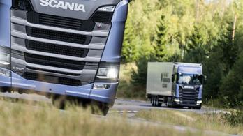 A Scania 60 tonnás dobása