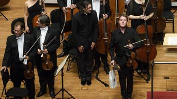 Unalmas rutinműsort hoztak a Londoni Filharmonikusok