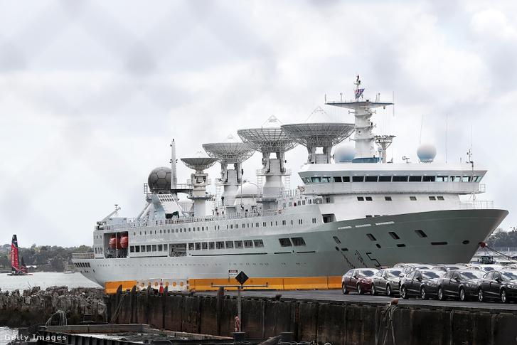 A Jüan Wang-5 Auckland kikötőjében